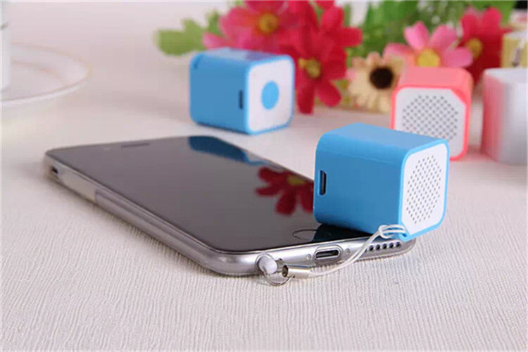 Multi Function Super Mini Bluetooth Speaker with Bluetooth Timer,Bluetooth Self-timer Speaker,Multi Function Bluetooth Speaker(China (Mainland))