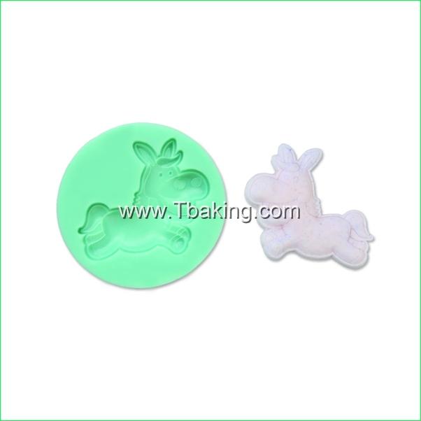TC Silicone Cake Mold Baking Mould Clay Soap Gum Paste Cake Decorating Horse Shape confeitaria(China (Mainland))