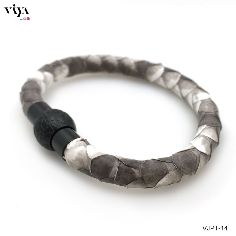 2016 Genuine Python Jewelry Bracelet Real Natural Python leather Bracelet Magnetic Closure Bracelet For watch With High Grad Box(China (Mainland))