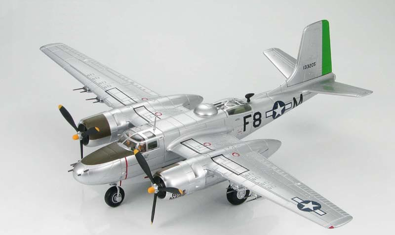 Hobby Master 1:72 American A-26B aggressor fighter bomber model HA3205 Alloy aircraft model A-26B Invader 670th BS<br><br>Aliexpress
