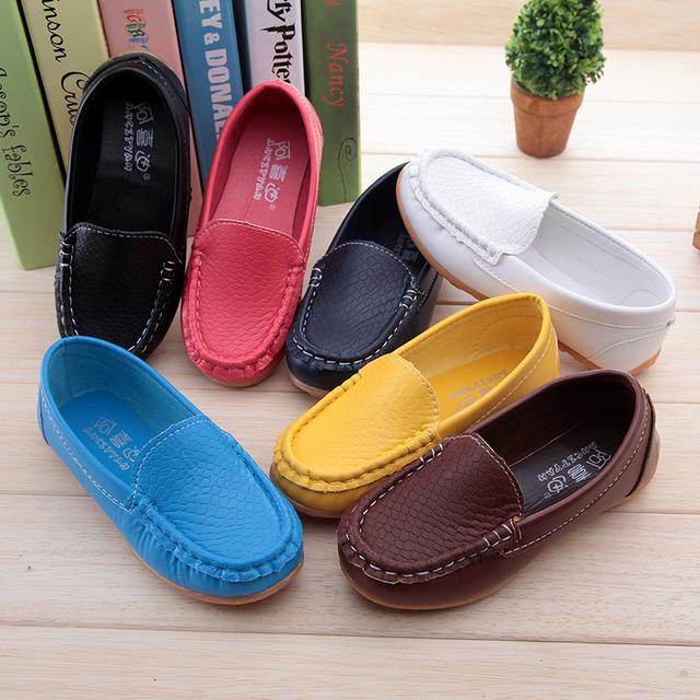 продажа детская обувь мальчиков дети пу кожаные кроссовки мальчики девочки лодка обувь туфли-soft свободного покроя квартиры обувь сандалии кроссовки детские