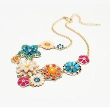 Nice Jewelry Fresh Flowers Exquisite Shining Rhinestone Necklace 2015 New Hot Selling Necklace Charm Necklaces For