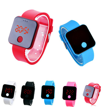 2015 Hot Sale, New Silicone Ultra Clock Thin Light Men Girl Digital Watch LED Sports Wristwatch Unisex Boys Girls Free Shipping