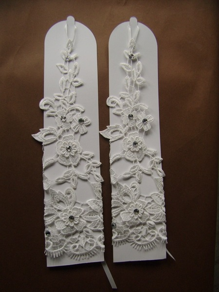 2015 New Fingerless Wedding Dress Accessories Bridal Gloves Luxury Lace Flower Glove With Beading Elbow White
