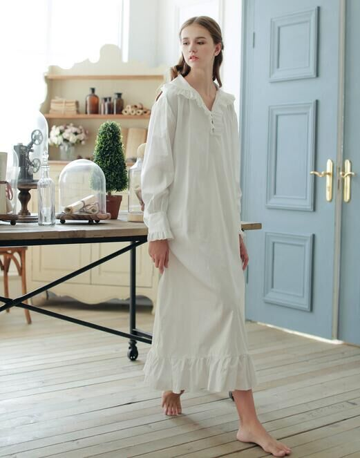 Vintage style 100% cotton nightgown White long section nightdressОдежда и ак�е��уары<br><br><br>Aliexpress