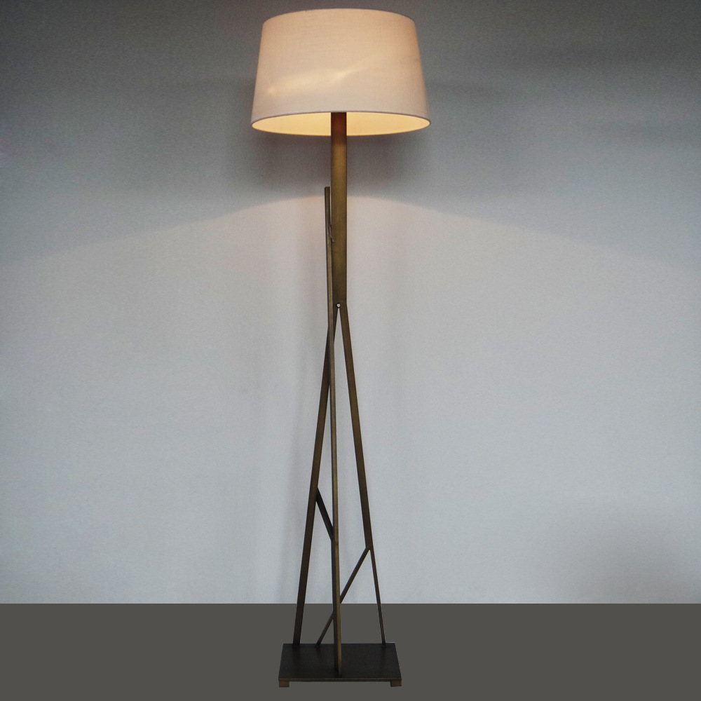 outlets can be customized minimalist modern lighting bedside lamp. Black Bedroom Furniture Sets. Home Design Ideas