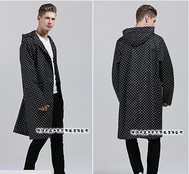 Male big yards Japanese Japanese fashion classic dot windbreaker men raincoats Poncho raincoats(China (Mainland))