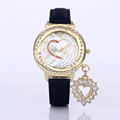 2016 hot sale round shape dial quartz wristwatches for ladies fashion colored women watch with love
