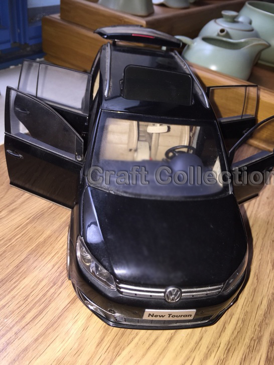 Фотография *Black 1:18 Volkswagen VW Touran 2011 Diecast Model Car Classical MPV Collection Off Road Commercial Vehicle