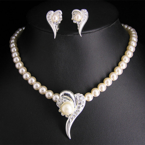 Austrian Crystal Rhodium Plated Heart Necklace Stud Earrings Set Gifts Wholesale Imitation Pearl Bridal Wedding Jewelry Set