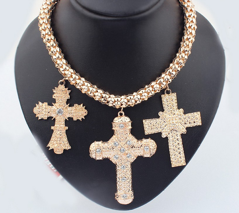 Free Shipping European Gold Plated Alloy Crosses Pendant Necklaces Choker Necklace for Women<br><br>Aliexpress