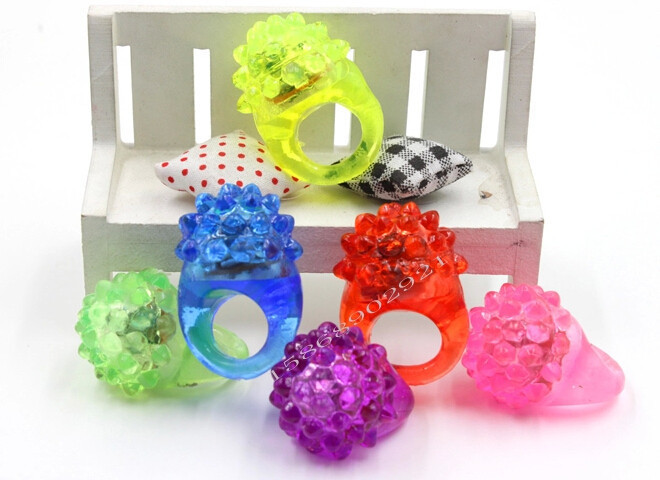 Qin Di Strawberry Led Light Up Flashing Ring Elastic Finger Ring Party Blinking Soft Lights 1200pcs/lot free shipping DHL(China (Mainland))