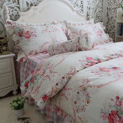 achetez en gros couvre lit de mariage en ligne des grossistes couvre lit de mariage chinois. Black Bedroom Furniture Sets. Home Design Ideas