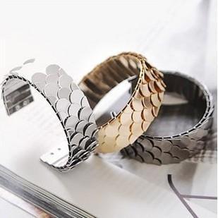 Гаджет  (Min order$10) Free shipping!Korean jewelry     Stunning personality scaly Adjustable Bracelet!#OB0002 None Ювелирные изделия и часы