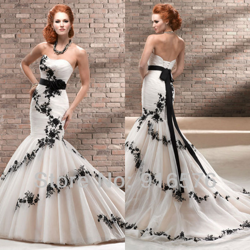 Enchanting black and white mermaid wedding dresses for Sweetheart corset wedding dress