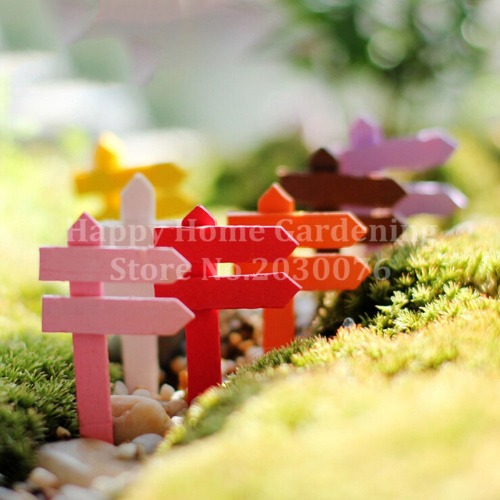 10 Pcs /lot Mini Colorful Wooden Road Sign Fairy Garden Home House Ornaments Miniatures Craft Micro Landscape Mini Figures Toys(China (Mainland))