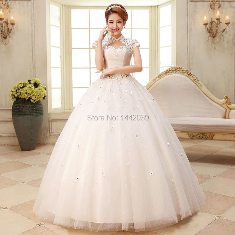 Big puffy princess wedding dresses the for Huge ball gown wedding dresses