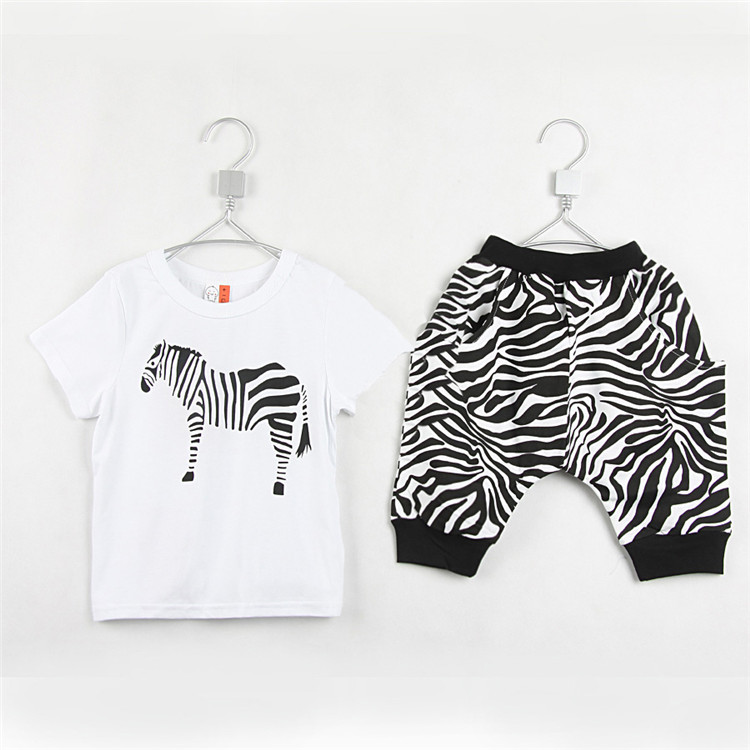 2015 summer hot sale baby boys fashion clothing sets little boys casual T-shirts and middle pants A3560(China (Mainland))