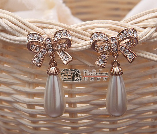 Rose Gold  Ivory Pearl Rhinestone Crystal Tear Drop Pearl Bow Lady Stud Earrings<br><br>Aliexpress