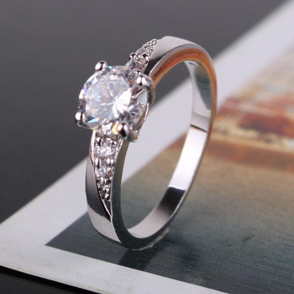 Гаджет  New 2014 18K Gold Plated Round Cut White Swiss Zircon CZ Band Engagement Ring For Women Wholesale Free Shipping (GULICX R099) None Ювелирные изделия и часы