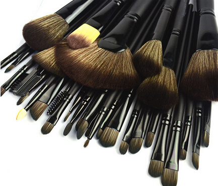 Stock Clearance !!! 32Pcs Print Logo Makeup Brushes Professional Cosmetic Make Up Brush Set The Best Quality pinceis!(China (Mainland))