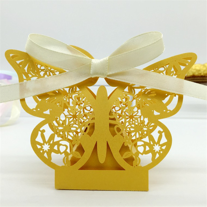 Laser Cut 120PCS Butterfly Wedding Candy Box Wedding Favors Gifts Boxes for Wedding Hawaiian Party Decor Ideas regalos de boda(China (Mainland))