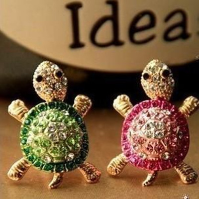 3.5mm universal Gold tortoise cute lovely Bling Diamond dust Plug Earphone Headset Stopper Cap Jack plugs for cell phone 1PCS(China (Mainland))