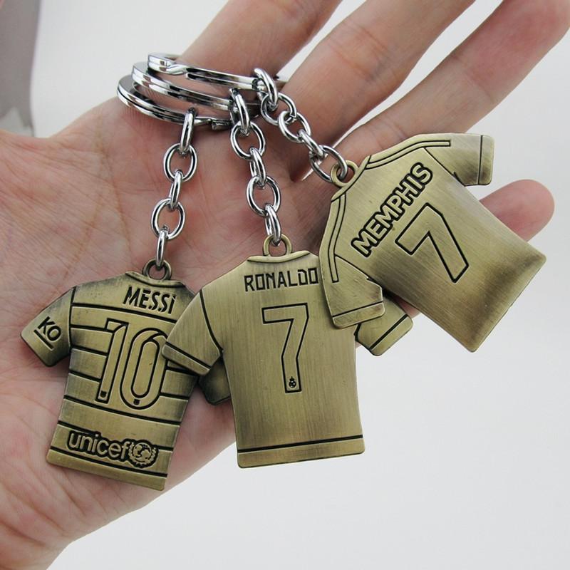 wholesale 20pcs/lot Spain soccer Bronze metal keychains football club team Fans retro key ring/key chain gift souvenir(China (Mainland))