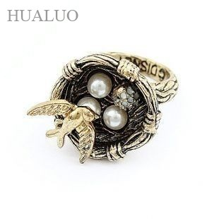 Гаджет  Min.order is $10 (mix order) 2012 New Korean Fashion Ring - love birds nesting R460 None Ювелирные изделия и часы