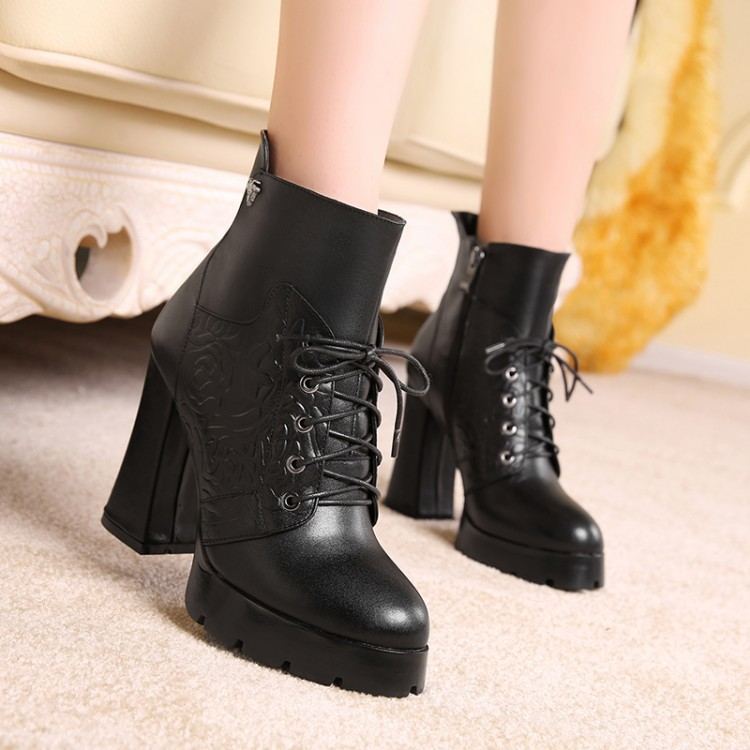 Фотография drop shipping 2015 autumn winter female martin boots with double zippler high heels womens ankle boots woman pumps shoes white