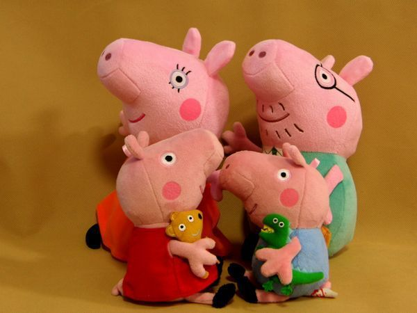 Hot Sale Peppa Pig Toys 4pcs/lot Mummy Peppa Pig George Pig Family Plush Set Stuffed Anime Plush Dolls  Baby Toys Free Shipping