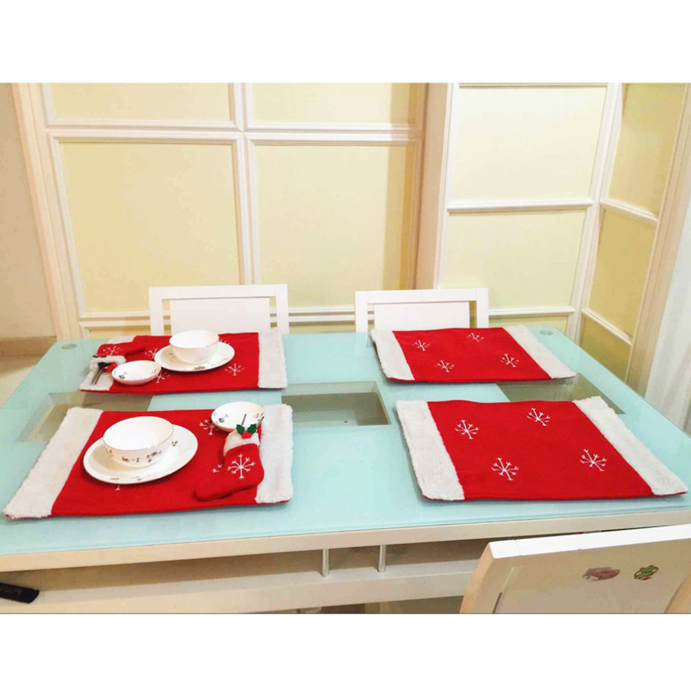 Christmas Snowflake Table Mat Navidada with Sock Knife &Fork Bag Placemat for Dining Table Pad Kitchen XMAS Decorations for Home(China (Mainland))