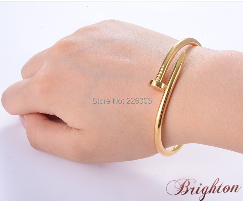 Simple Gold Bracelet Designs For Women - 2018 images & pictures ...