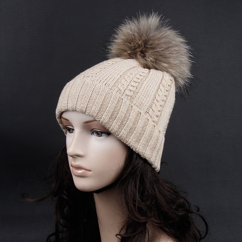 Cashmere warm autumn and winter fashion hat Have Raccoon fur ball There are a variety of colors Knitted hat(China (Mainland))