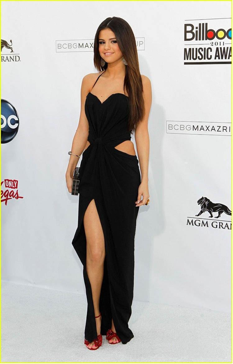 Similiar Selena Gomez Slit Dress Keywords
