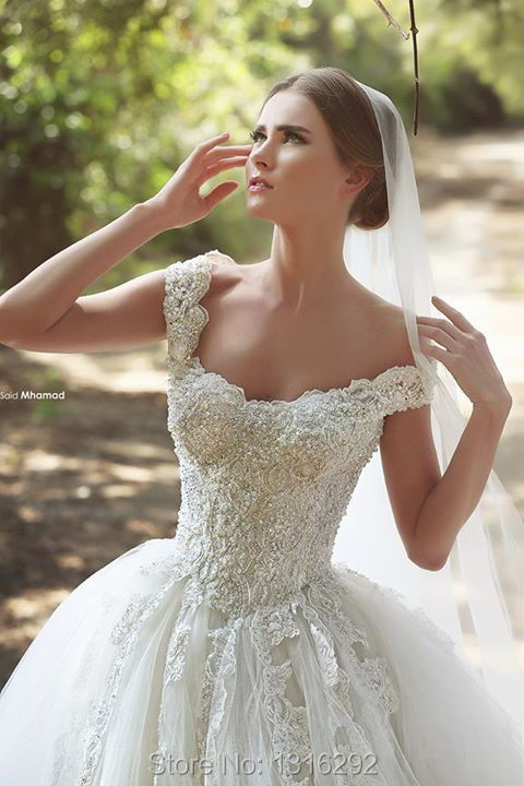 Sparkly Pearl Beaded Ivory Lace Sweetheart Tulle Wedding Dress Cap Sleeves Bridal Gowns Designer Style 2015(China (Mainland))