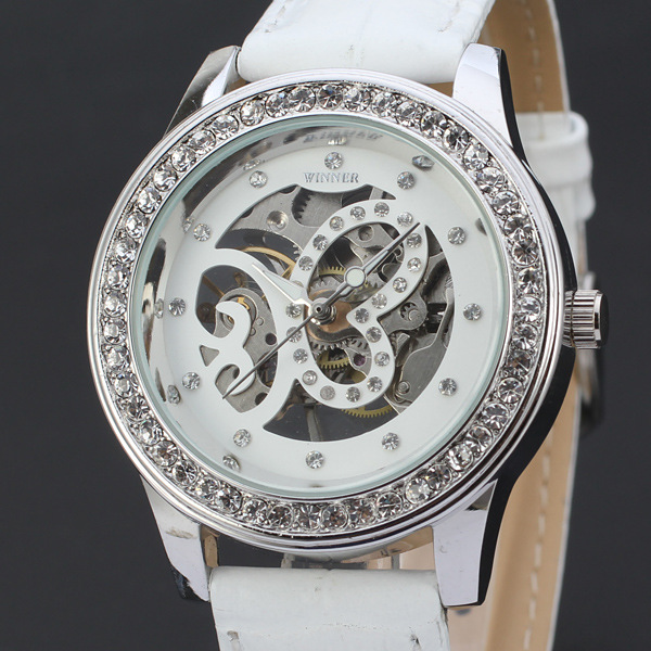 Free Ship Hot Sale Women's Diamonds Watches Hand Wind Up Mechanical Watch Skeleton Leather Strap Woman Watches(China (Mainland))