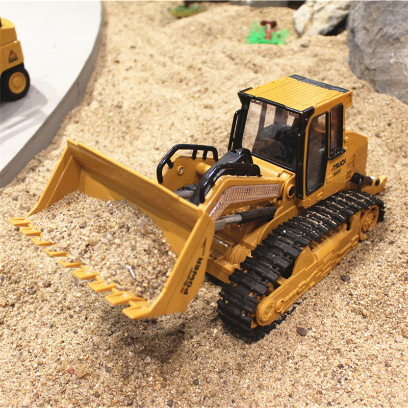 RC Truck 6CH Bulldozer Caterpillar Track Remote Control Simulation Engineering Truck Christmas Gift Construction Model Toy 6822L(China (Mainland))