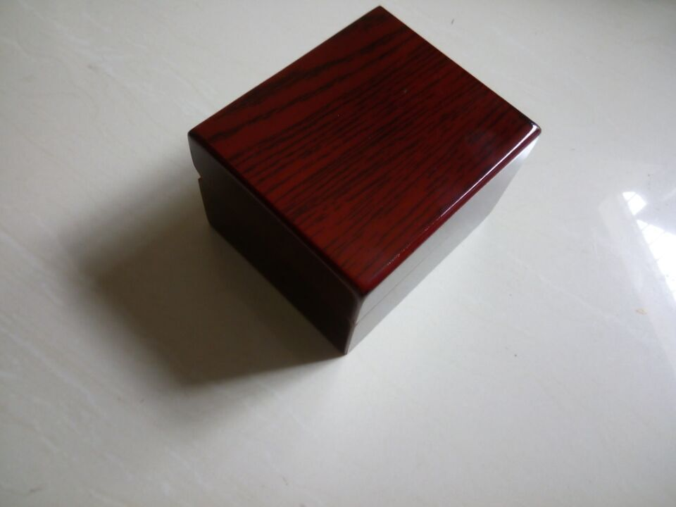 A beauty Wooden watch box for all brand watches could add brand logo and booklet ,supply by china packing factory(China (Mainland))