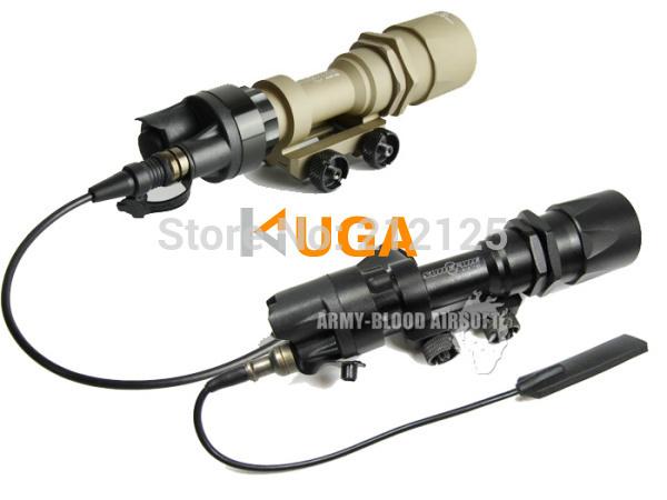 Подствольный оружейный фонарь M951