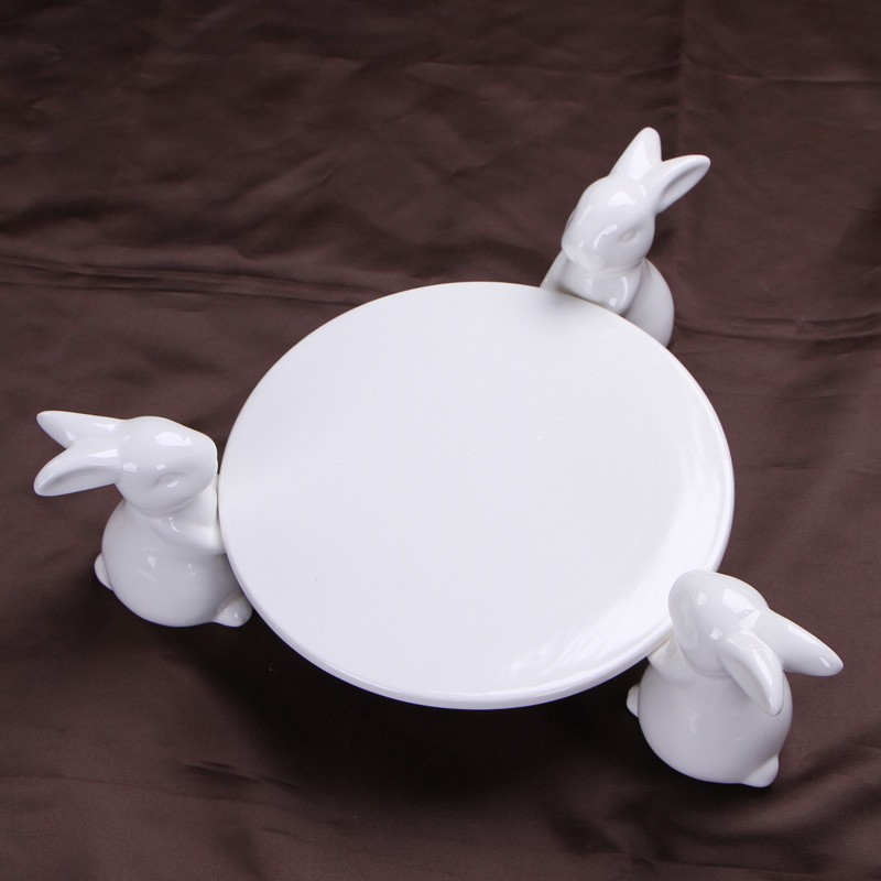 Creative-Ceramics-Rabbit-Figurines-Cake-Stand-Decorative-Porcelain-Bunny-Statue-Fruits-Plate-Dinnerware-Ornament-Gift-and (4)