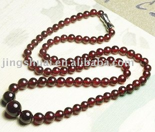 Natural products mei red garnet necklace\Crystal fully moist happiness cobolli gigli longevity