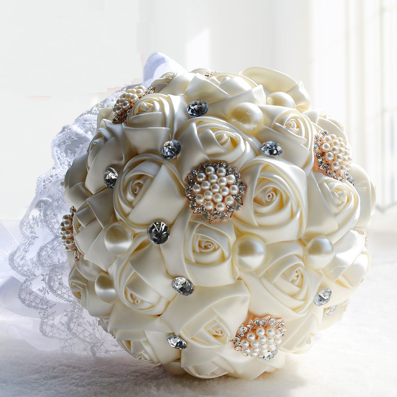 2016 bridal bridesmaid wedding bouquet cheap new luxury crystal ivory handmade artificial rose. Black Bedroom Furniture Sets. Home Design Ideas