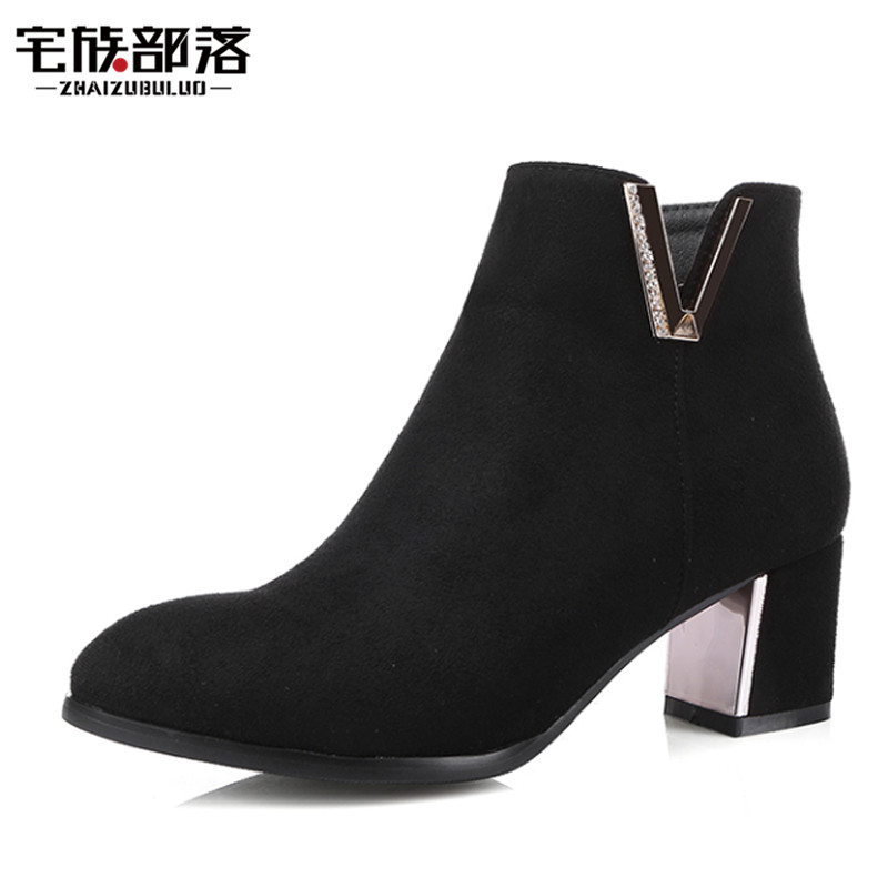 Plus Size 33-43 Autumn Winter Women Ankle Boots Suede Leather Med Square Heel Fur Boots Pointed Toe Side Zipper Casual Shoes<br><br>Aliexpress