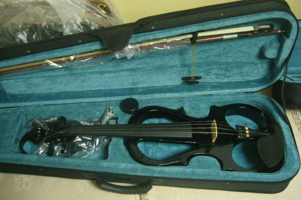 Nice electric violin 4/4 ,black color(China (Mainland))