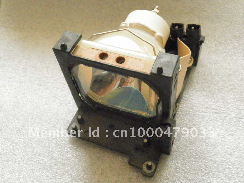 Фотография DT00431-JP Projector Lamp for CP-X385W/CP-S370/CP-S380/CP-S385/CP-X380 Projector