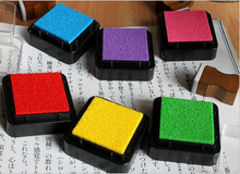 2pics 12 Colors Cute Inkpad Craft DIY Ink Pads for Rubber Scrapbook Wedding Decor Fingerprint(China (Mainland))