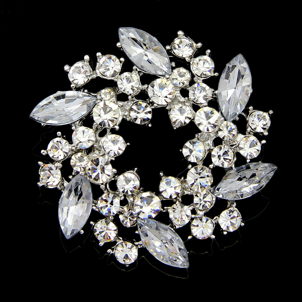 jogos vorazes wedding invitation Crystal Flower Brooch Beautiful design valentine broches Clear Rhinestone Brooches for women(China (Mainland))