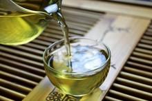 Free shipping puer tea Teng embellish 357 grams of raw pu er tea 357g Slimming beauty