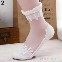1 Pair New Ultrathin Transparent Beautiful Crystal Lace Elastic Short Socks 2KFI